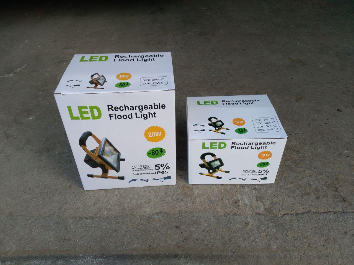 AKU LED reflektor 20W, přenosný, nabíjecí, 1600lm